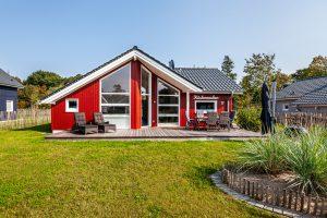 Traumhaftes schwedenrotes Holzhaus an der Ostsee Ferienpark Holm Kalifornien